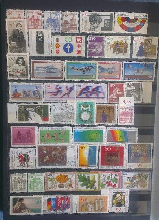 Briefmarkenalbum schätzen  Bild110
