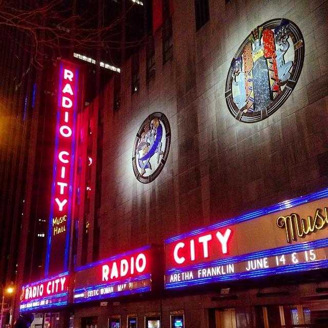 Un jour j'irais à New York avec toi - Page 2 12345810