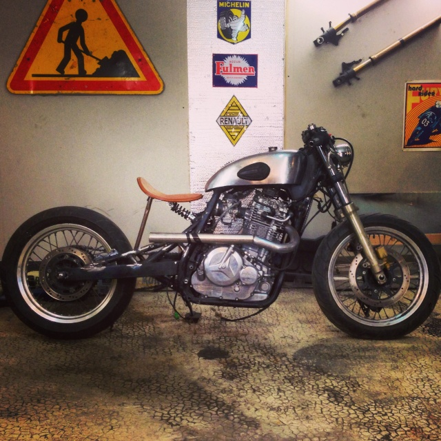 750 DR Bobber  - Page 3 Photoa12