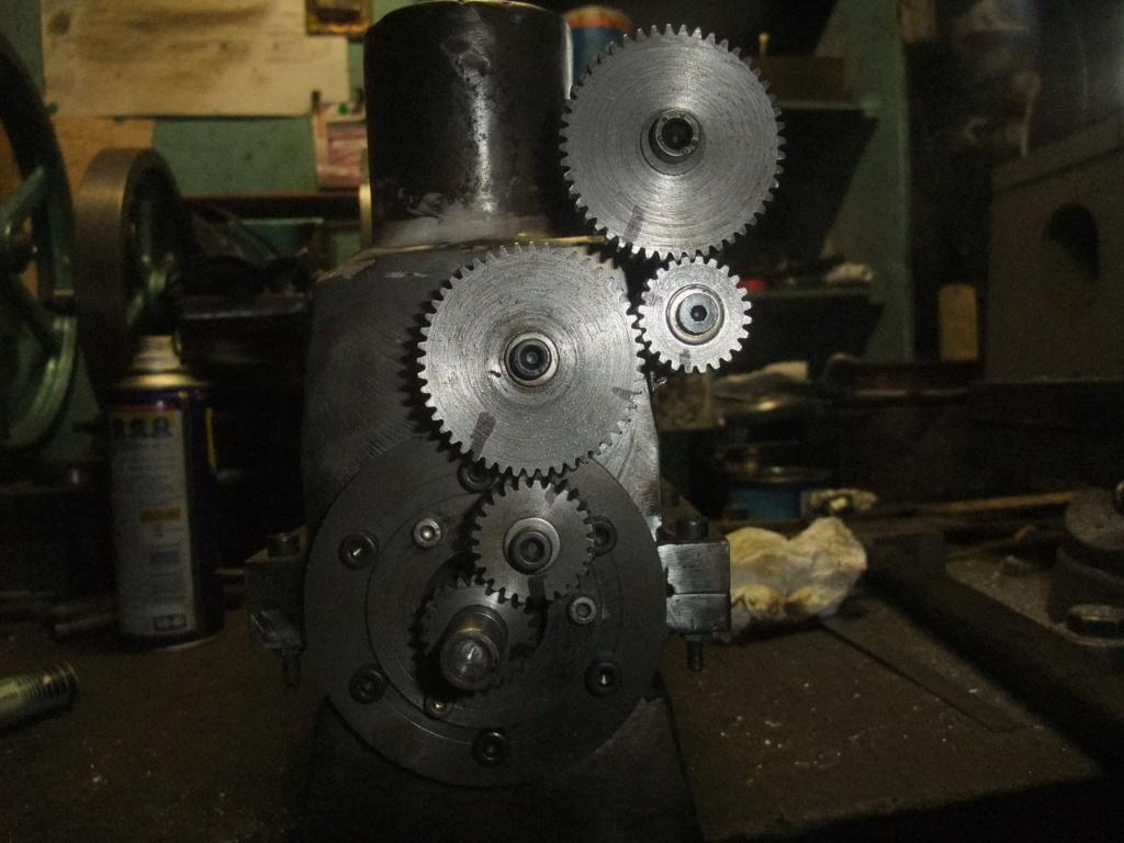 un petit 4 cylindres - Page 2 Dscf2337