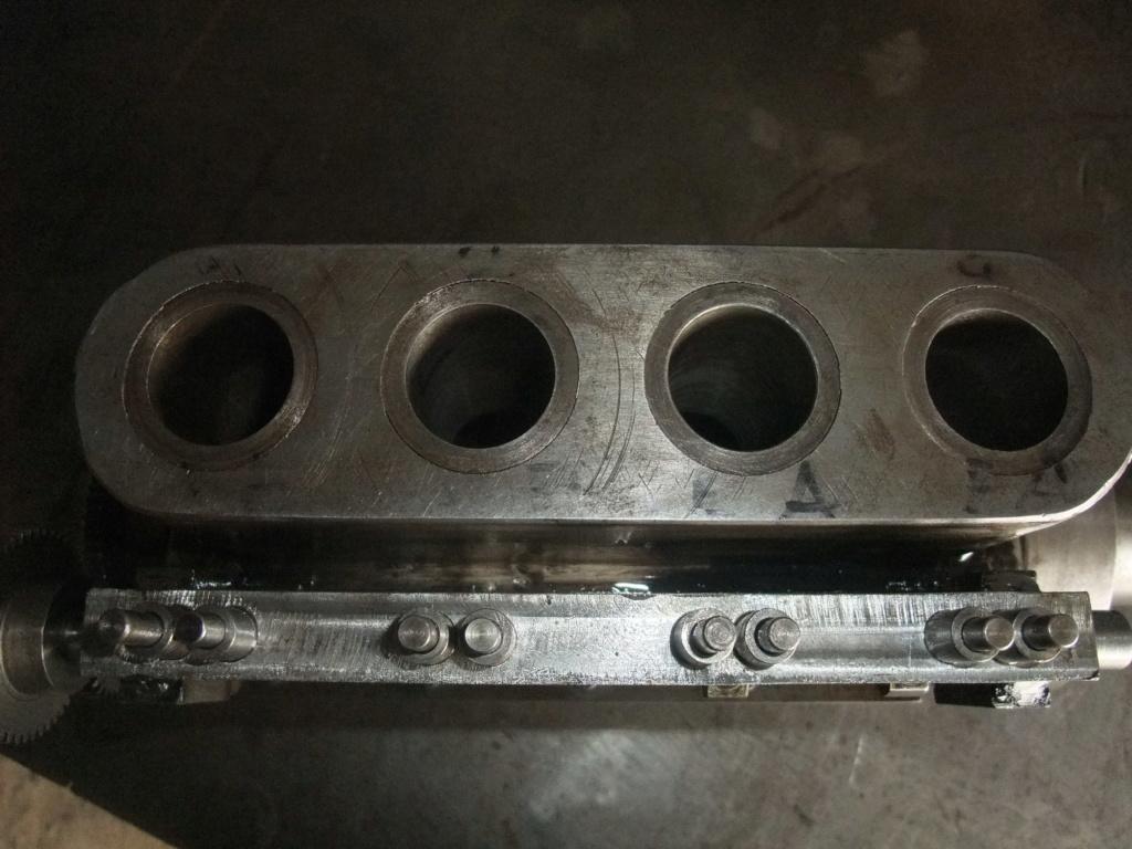 un petit 4 cylindres - Page 2 Dscf2339