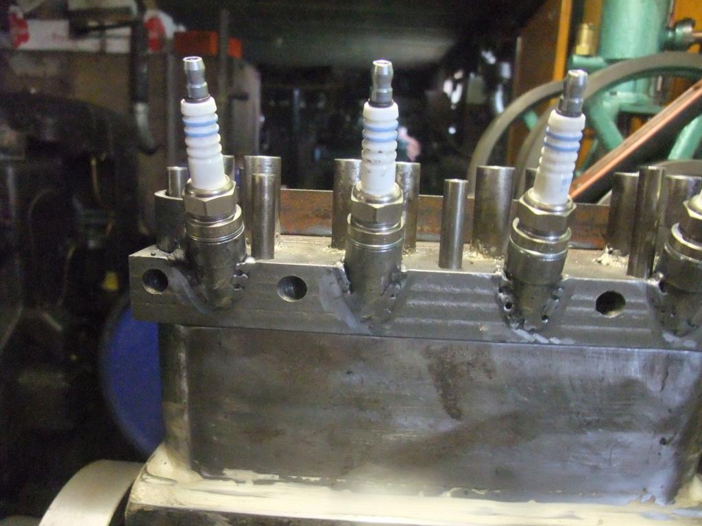 un petit 4 cylindres - Page 2 Dscf2342