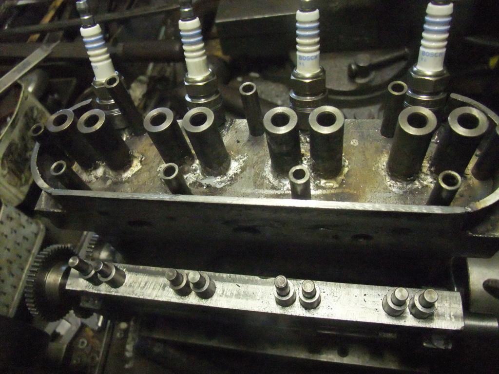 un petit 4 cylindres - Page 2 Dscf2343