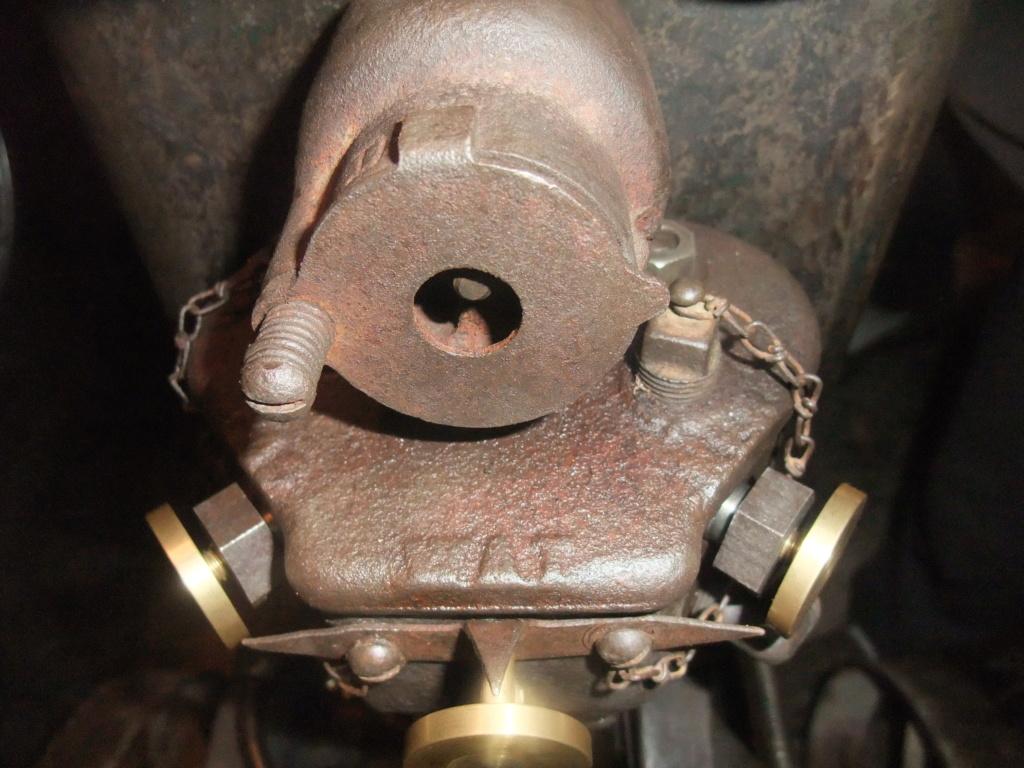 moteur ihc et millot C1 - Page 2 Dscf2436