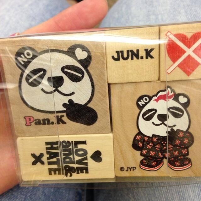 """[18.05.14] [PICS] Goodies de la 1ère tournée solo de Jun.K """"LOVE & HATE"""" 1237"""