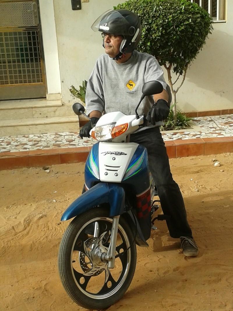 VOS JOUETS A L'ECHELLE 1 : ici, vos motos, jet, voitures - Page 14 20131214