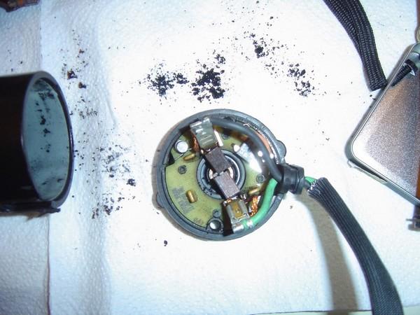 Compresseur EAS: Échange d'une Protection Thermique Défectueuse Compre11