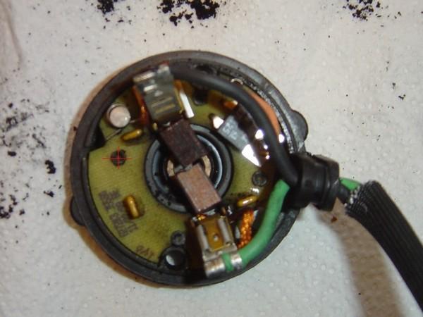 Compresseur EAS: Échange d'une Protection Thermique Défectueuse Compre12
