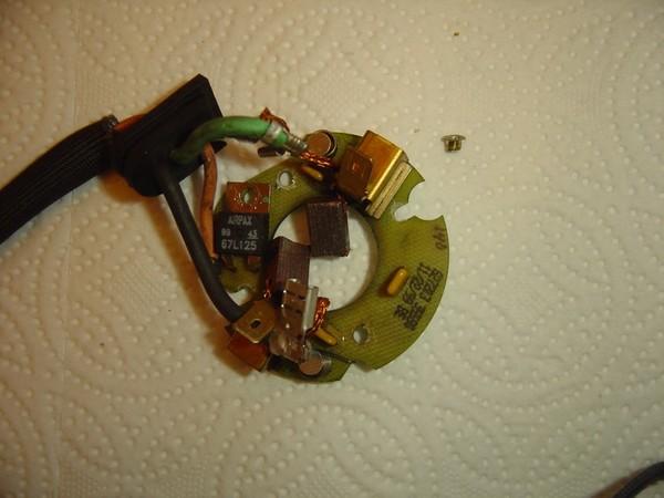 Compresseur EAS: Échange d'une Protection Thermique Défectueuse Compre16
