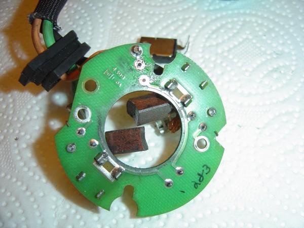 Compresseur EAS: Échange d'une Protection Thermique Défectueuse Compre18
