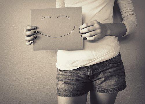 ابتسم Large10