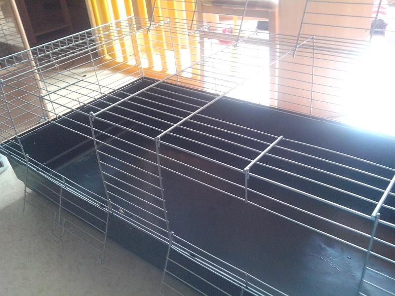 A vendre 2 cages à lapin 1.40m de long - 51 Img_2014
