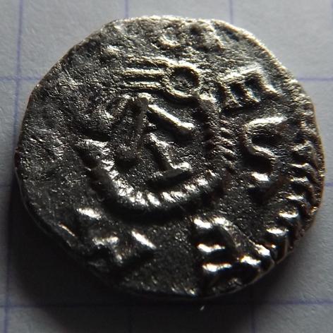 monnaie mérovingienne a identifier Triens10