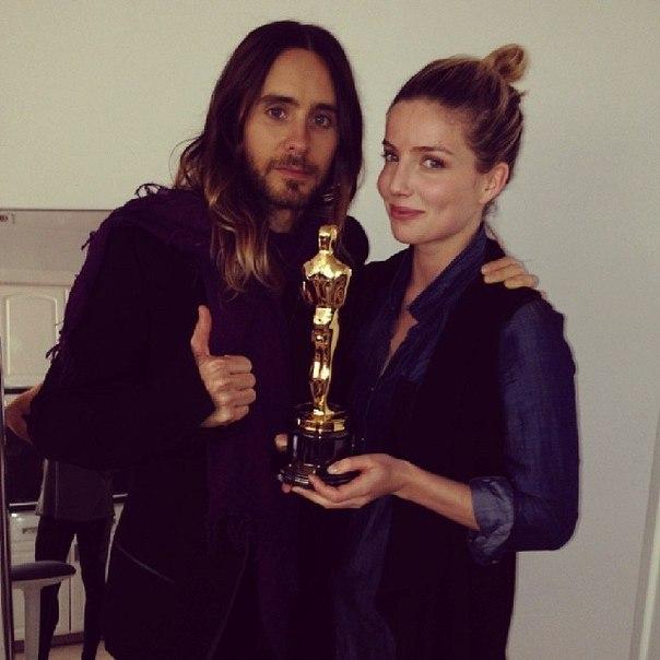 Jared Leto- @Ceremonie des Oscars 2014 - Page 4 3gmpil10