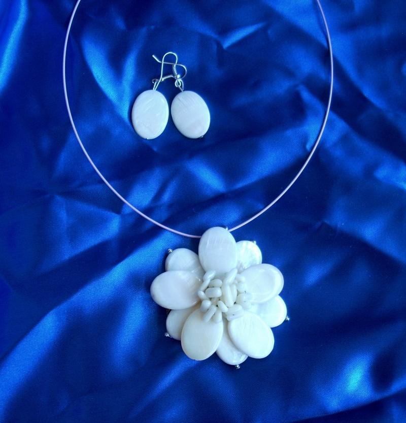 """""""Flori de piatră-Bijoux"""" albumul I-bijuterii artizanale marca Didina Sava - Pagina 19 Bros_319"""