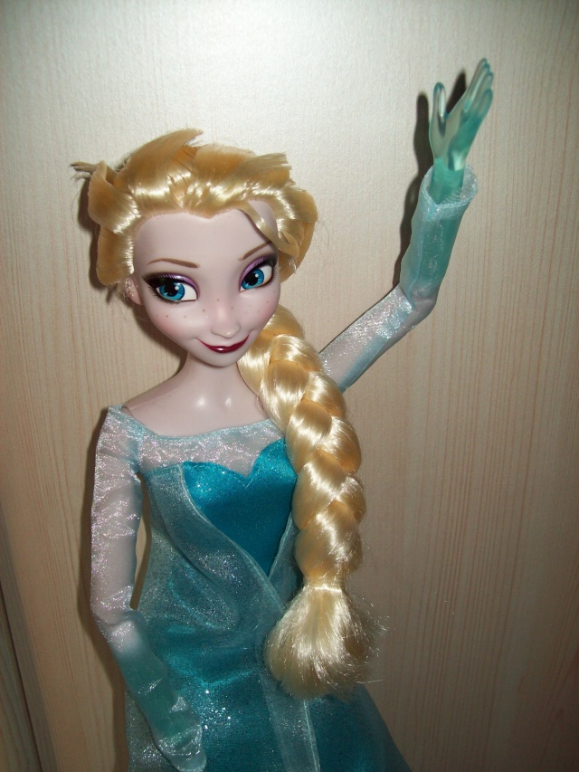 Disney Princesses Singing Dolls - Page 39 00515