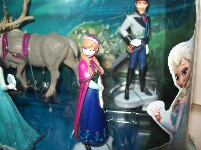 Les Sets de Figurines de Disney Store et Disney Parks - Page 4 00923