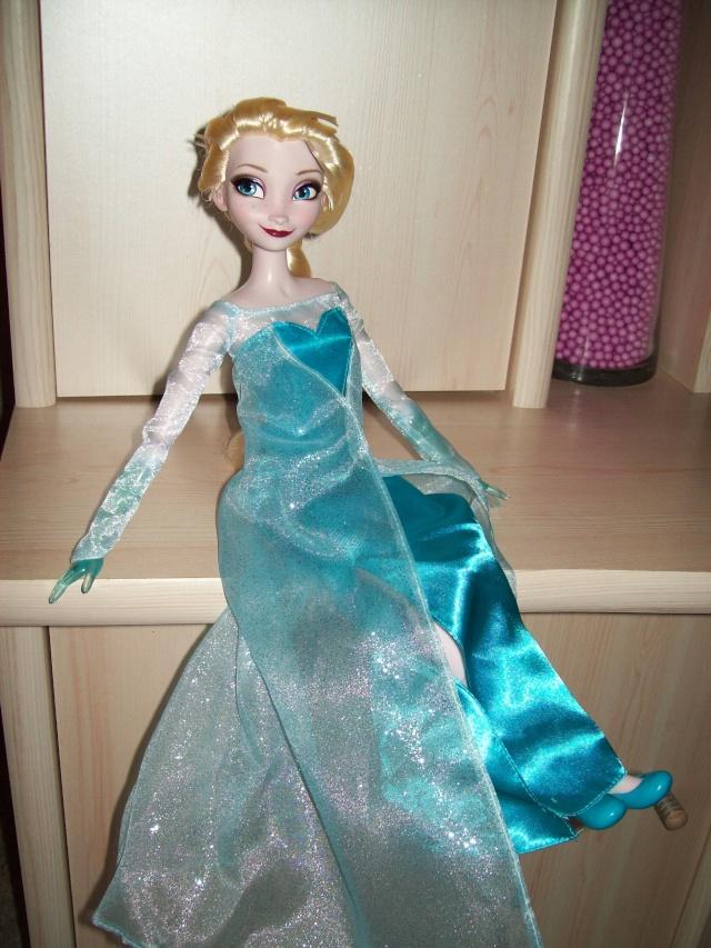 Disney Princesses Singing Dolls - Page 39 01614