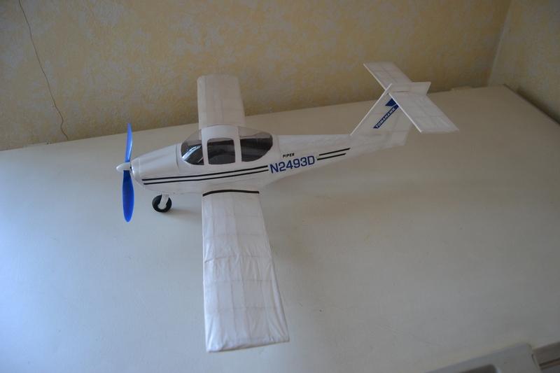 Piper Pa-38 Piper_17