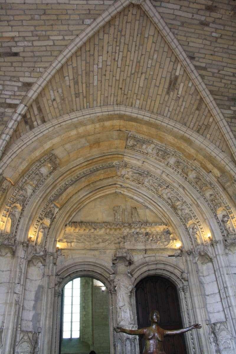 Les papesses d'Avignon Vacanc10