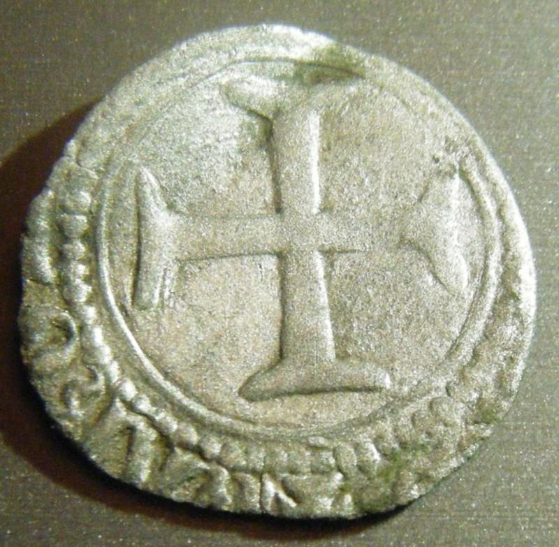 Monnaie au dauphin à identifier Dscf1813