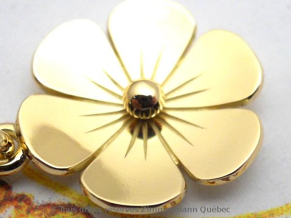 Une fleur en or 18 K toute simple Dscn1024