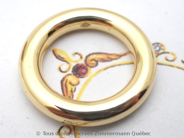 Tréfiler un lingot pour obtenir du fil or 18 K en vu de fabriquer un anneau tout simple. Dscn1720