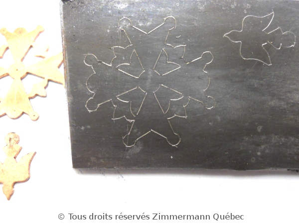 Croix huguenote Dscn4618