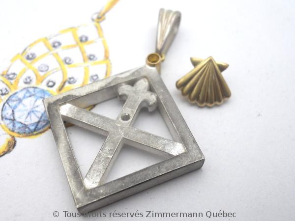 Un pendentif argent et or pour homme Dscn5528