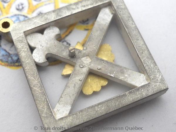 Un pendentif argent et or pour homme Dscn5531