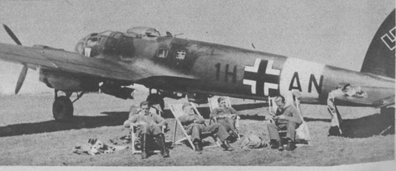 Battle Of Malta - SPIT NEXT! He111h10
