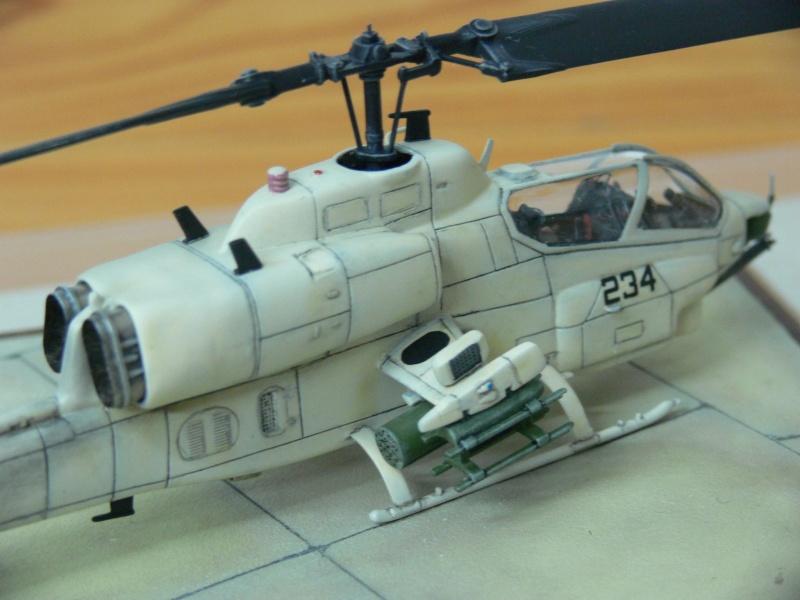 Charlie Cauchi model Italeri 1/72nd AH-1w Sea Cobra 15533710