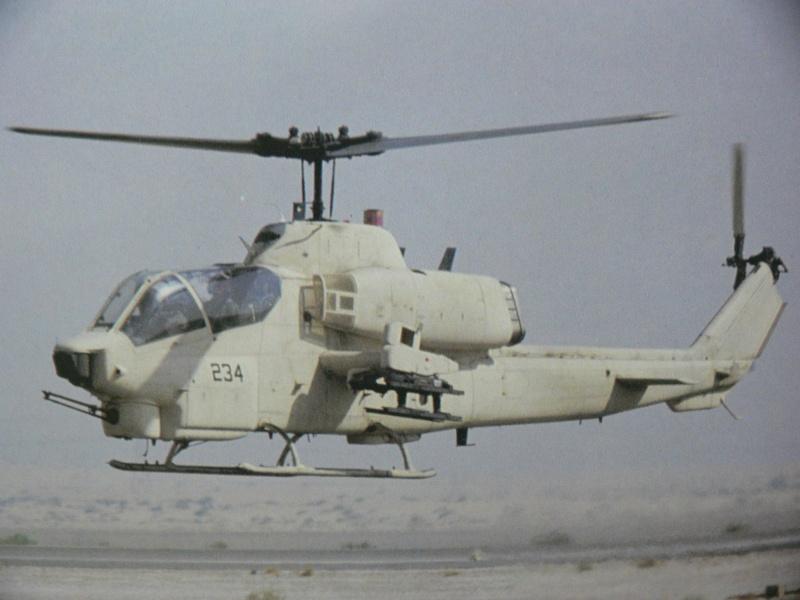 Charlie Cauchi model Italeri 1/72nd AH-1w Sea Cobra 17969610