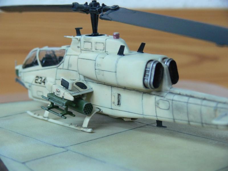 Charlie Cauchi model Italeri 1/72nd AH-1w Sea Cobra 19742811