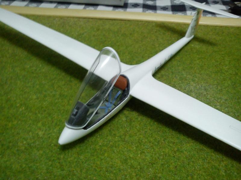 revell 1-32 ls8-18 glider  Dsc00312