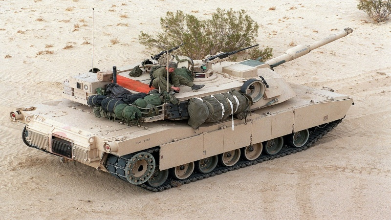 M1 A2 Abrams 1-35 Tamija  Operation Iraqi Freedom - Page 2 M1_abr10