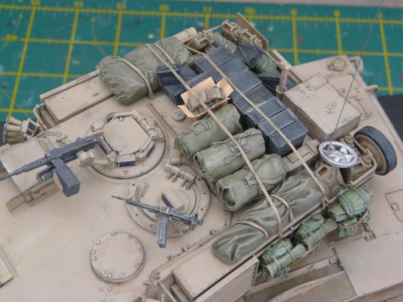 M1 A2 Abrams 1-35 Tamija  Operation Iraqi Freedom - Page 2 P1120022