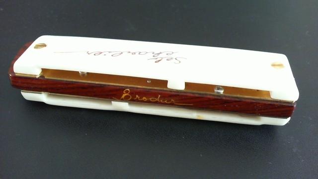 Photos harmonicas Brodur - Page 14 Bsc_210