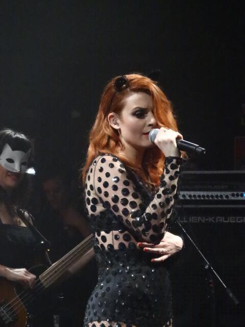 Elodie Frégé en concert à La Cigale (05 mars 2014) 325