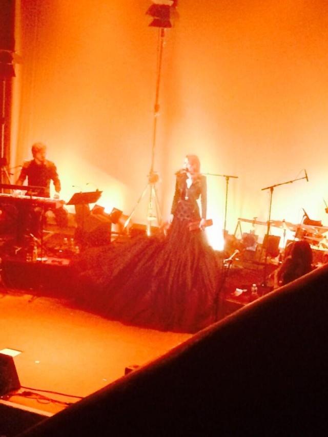 Elodie Frégé en concert à La Cigale (05 mars 2014) 515