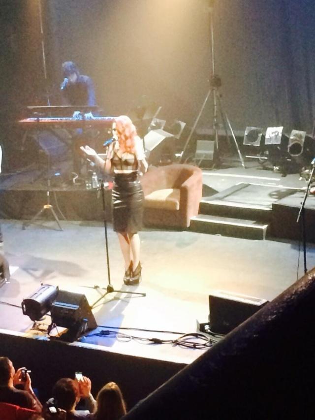 Elodie Frégé en concert à La Cigale (05 mars 2014) 613