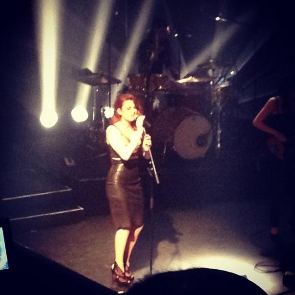 Elodie Frégé en concert à La Cigale (05 mars 2014) 813