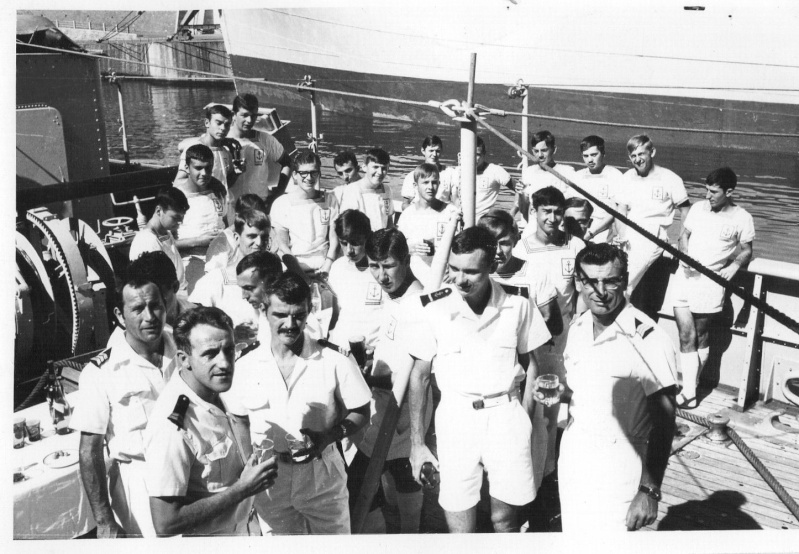 [Les traditions dans la Marine] Tenue dans la Marine- Tome 02 - Page 3 Img11313