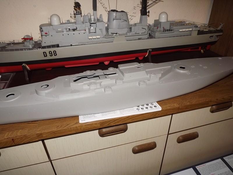 BB - 63 USS Missouri von Trumpeter in 1/200 K-dsc150