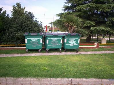 TAPALQUE: MÁS CONTENEDORES VERDES PARA EL SISTEMA DE RECOLECCIÓN DE RESIDUOS. 00165