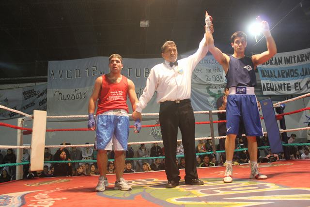 Almirante Brown: torneo de boxeo de Ligas Comunitarias.. 08110