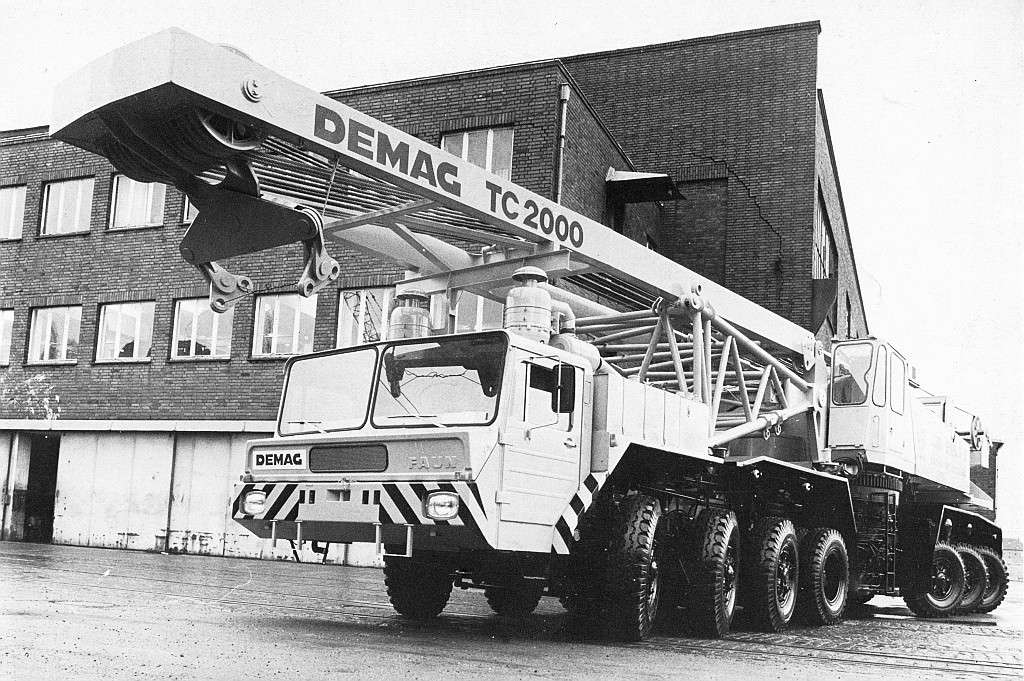 Les anciennes grues DEMAG - Page 7 Demag_13