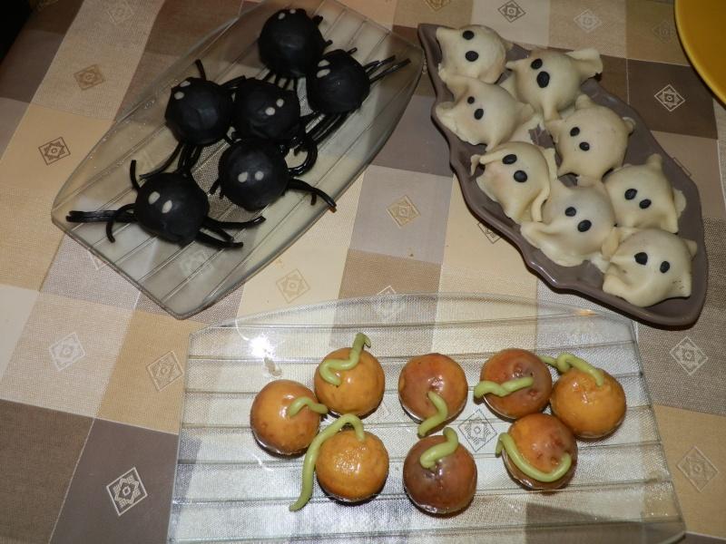 sucettes au chocolat d'halloween - Page 2 Pa310110