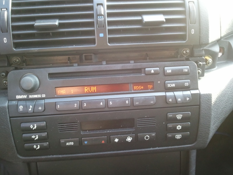 bmw e46 m47 320d an 1999 mp3 sur autoradio cd business. Black Bedroom Furniture Sets. Home Design Ideas