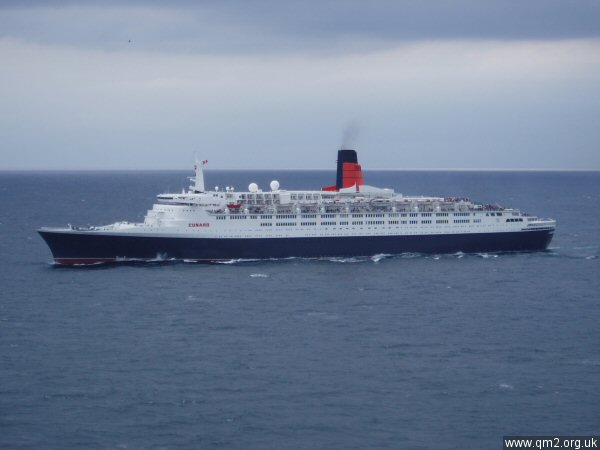 QE2 Exterior Shots ( Full View) - Page 2 30apr210